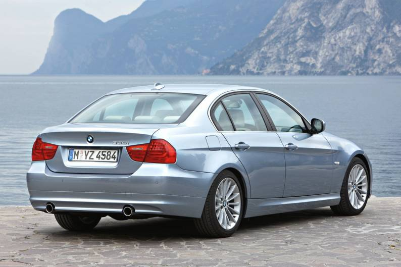 Niezawodny tłumik środkowy firmy Eberspacher do BMW 3 2011